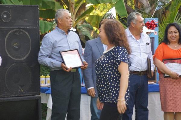 El ayuntamiento de Chapala celebró a los Maestros (6)