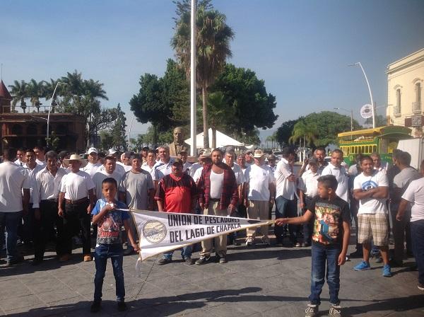 Marcha por el Día del Trabajo en Chapala (13)