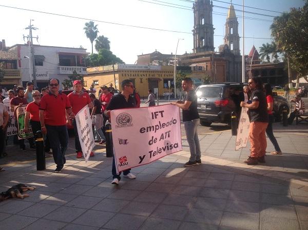 Marcha por el Día del Trabajo en Chapala (2)