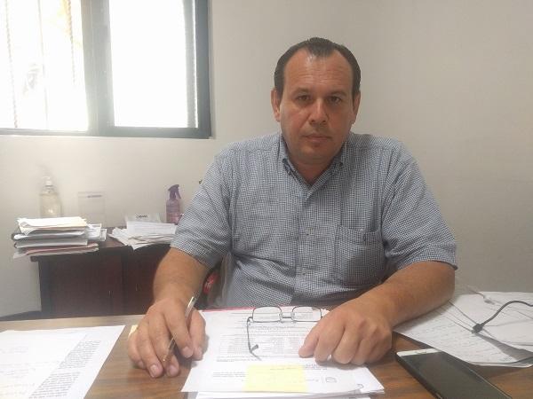 el oficial mayor administrativo, Sergio Hugo García Díaz.