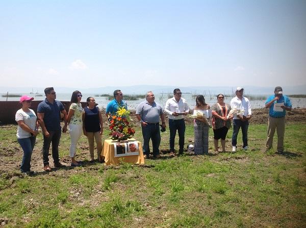 13.- Durante el AeroFest se rindió homenaje a los pilotos Eduardo Toledo Parra y Tomás Gutiérrez Gutiérrez. En el acontecimiento estuvieron presentes las familias de los pilotos.