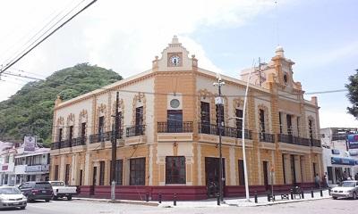 Antigua-presidencia-de-Chapala - copia