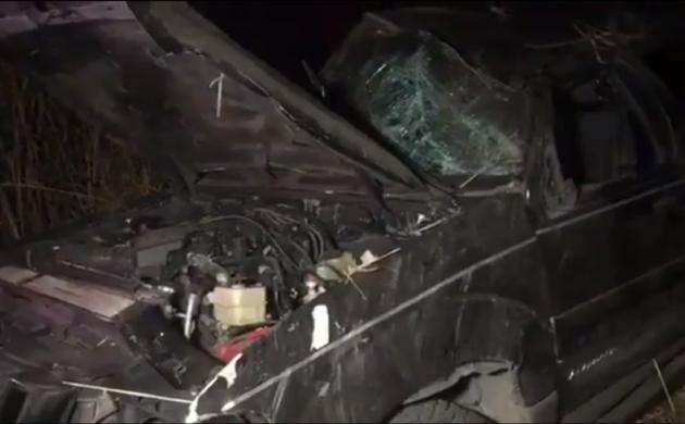 Tres jóvenes se accidentan sobre la carretera a Chapala