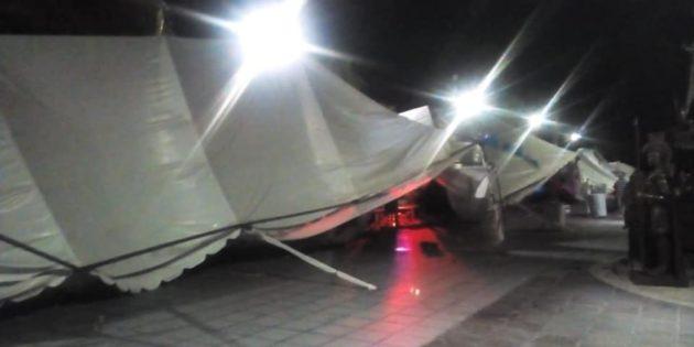 Fuertes vientos derriban toldos y puestos de Expo Artesanal en Chapala