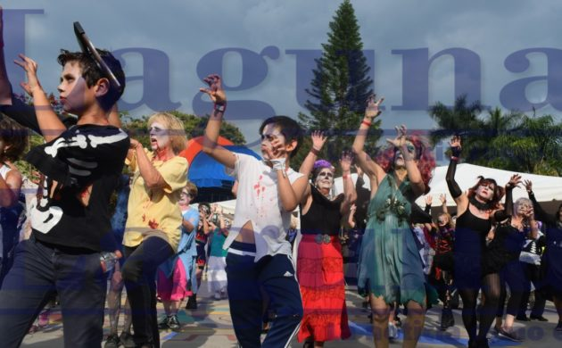 "Ajijic celebrates its tenth years as an official representative of ""Thrill the World"" in Mexico"