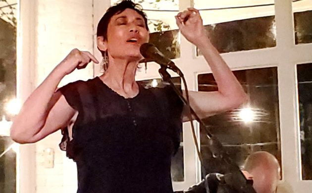 Renowned Mexican singer Jaramar in intimate house concert in Ajijic