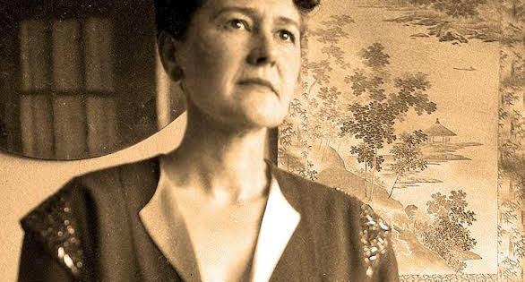 Día de la Mujer: Neill James, la mujer que trajó el arte a Ajijic