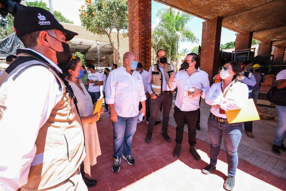 Supervisa Enrique Alfaro obras de construcción del Centro Cultural de Ajijic con arquitectura única; las acciones superan los 43 mdp